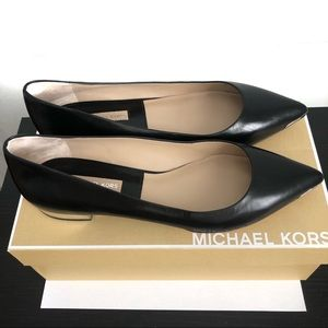 Michael Kors Jillian flat shoes Size 8